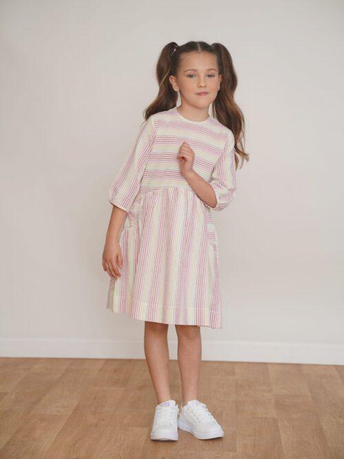 שמלה מבד במרקם פשתן בצבעי קשת