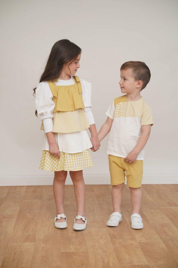 חולצה אוורירית עם חיתוכים- צהוב