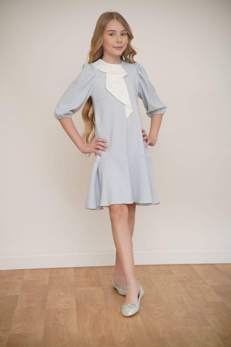 שמלה מנצנצת עם תוספת צווארון ופנינים