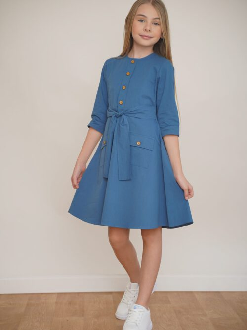 שמלה כפרית בצבע כחול ים